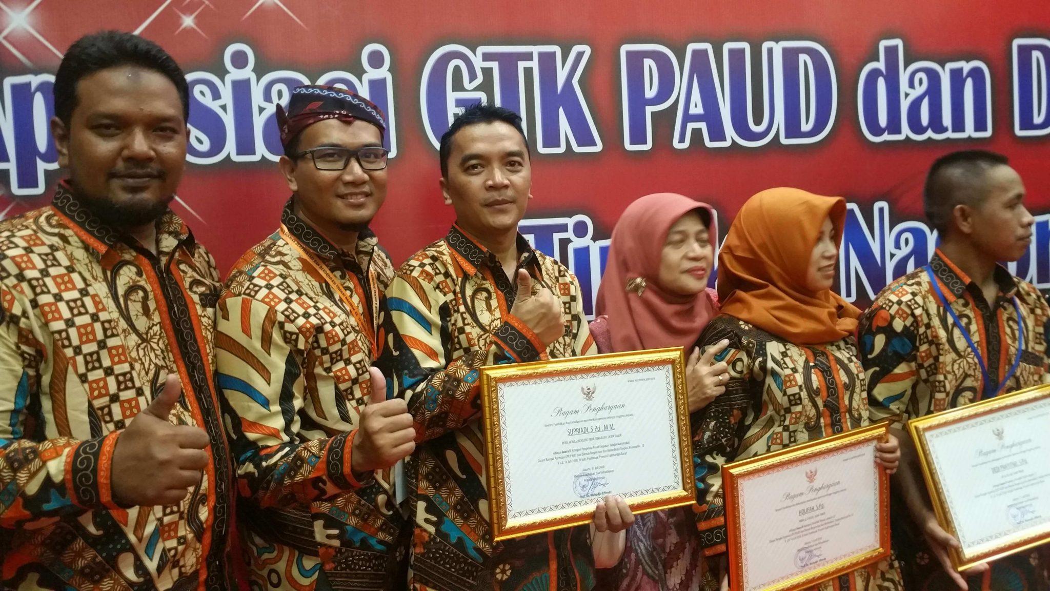 omeschooling surabaya-homeschooling pena-juara2-apresiasi GTK PAUD DIKMAS Berprestasi Dan Berdedikasi Tingkat Nasional Tahun 2018